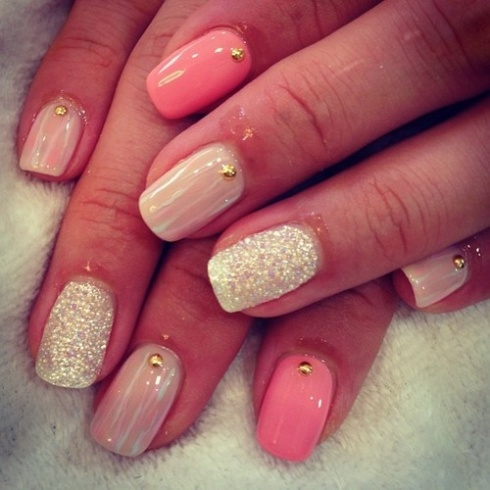 NAIL IDEAS: Glittery Nails!