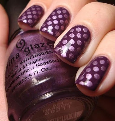 NAIL IDEAS: Purple Polka-dots