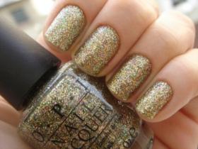 glitter-glittery-nail-nail-polish-nails-Favim.com-221070