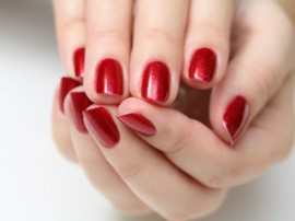 rb-red-manicure-4-0809-mdn