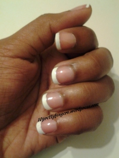 Short Nails: French Manicure