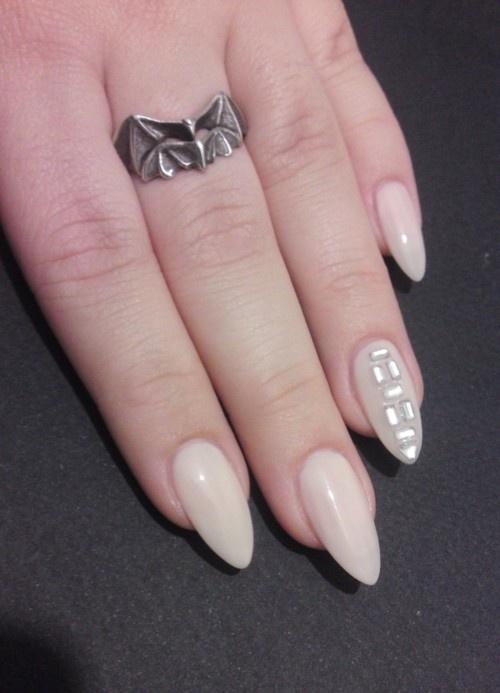 10 Pretty Fingers